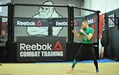 Floyd Mayweather Jr Signed Left Reebok Size 8 Ltd Ed. Boxing
