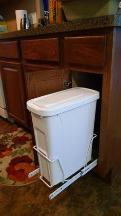 Real Solutions For Real Life 17 In. H X 8 In. W X 20 In. D Steel In Cabinet  20 Qt. Single Pull Out Trash Can In White