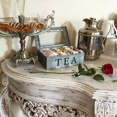 Detalles que enamoran. Escapate el fin de semana y desconecta. Deja que te cuidemos en #riadpalaciodelasespecias 🌹 #hotelboutique #escapadaromantica #vacaciones #marrakech #desayuno #breakfast #petitdejeuner #rosa #tea #te #elmejorriaddelmundo  www.palaciodelasespecias.com