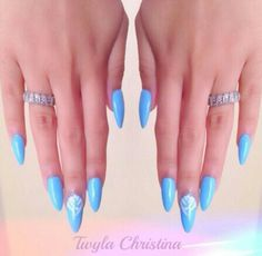 ACRYLIC NAILS / NAIL ART / NAIL DESIGNS / ACRYLIC NAIL / STILETTO NAILS / OVAL NAILS / FINGERNAIL / POLISH