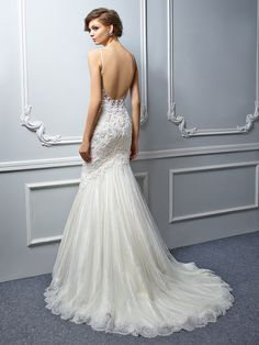Low back Enzoani 2017 collection wedding dress, fitted fishtail mermaid, thin lace straps. Pearl embellished lace appliqués. Available at www.Thebridal-Lounge.co.uk