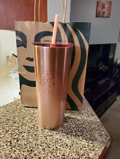 I can't decide if this is pink or rose gold. I may be color blind lol Either way you look at it, it's brand new! Copo Starbucks, Starbucks Tumbler Cup, Bebidas Do Starbucks, Custom Starbucks Cup, Pink Starbucks, Starbucks Drinks, Starbucks Coffee, Cute Water Bottles, Cute Cups