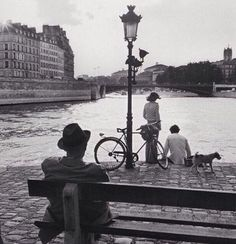 Place Aragon, Île Saint-Louis, Elliott Erwitt,
