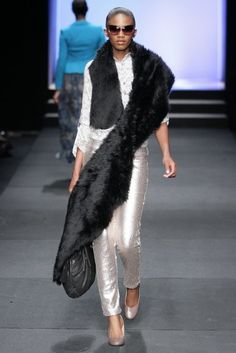 Fur Coat, Fashion Show, Winter, Jackets, Winter Time, Down Jackets, Fur Coats, Fur Collar Coat, Jacket