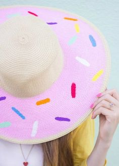 DIY this sprinkles hat for summer.