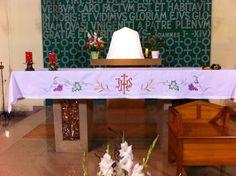 mantel altar