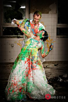 Buntes Trash-the-Dress Shooting in Braunschweig | 1001hochzeiten.de