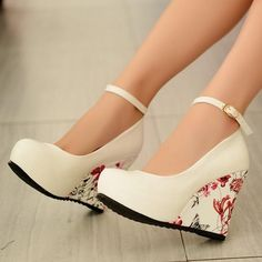 Women Wedge Shoes, Ankle Strap, Floral Print Wedges, Blue, Beige, Black, White Item Type: Pumps, Wegde Shoes Process: Adhesive Closure Type: Buckle Strap Toe Shape: Round Toel Fit: Fits true to size, take your normal size Pump Type: Gladiator Lining Material: PU Heel Type: Wedges Heel height: 13 cm Toe Style: Closed Toe Platform Height: 4 cm Lining Material: Synthetic USA European Heel to Toe(cm) 4 34 22 5 35 22.5 6 36 23 6.5 37 23.5 7.5 38 24 8.5 39 24.5 9 40 25 9.5 41 25.5