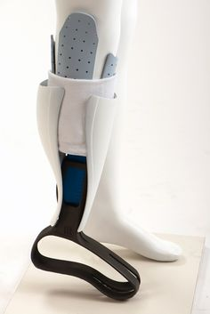 FIT - Adjustable low-cost prosthetic leg on Behance
