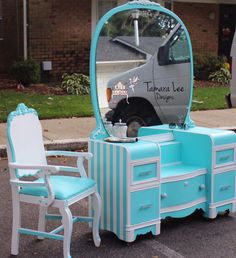 Tiffany blue antique vanity makeover by Tamara Lee Designs Painted Chairs, Hand Painted Furniture, Refurbished Furniture, Paint Furniture, Upcycled Furniture, Unique Furniture, Furniture Projects, Furniture Makeover, Antique Vanity