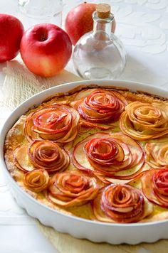 Eierlikör Rezept: Apfelkuchen mit Verpoorten Original Eierlikör ''Versunkene Apfelrosen'' - Backrezepte - VERPOORTEN
