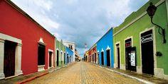 #MEXICO Calle y casas en el centro histórico de la ciudad de Campeche. / Ignacio Guevara