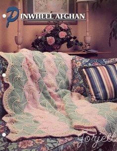 Pinwheel-Afghan-Annies-crochet-pattern
