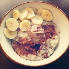 If you're feeling hungry around 11 in the morning, you may need to pack a little more protein into your breakfast. Try one of these delicious and fun oatmeal recipes including protein oat bars for a bite on the go, and the flavorful chai cottage cheese oats (just to name a couple). They're loaded with protein but light on the grease.