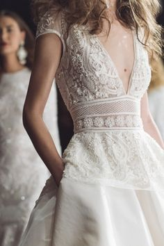 Deep-V, lace wedding dress with pockets. A wedding dress with pockets? Trendy Wedding, Boho Wedding, Wedding Styles, Wedding Gowns, Dream Wedding, Mermaid Wedding, 2017 Wedding, Bohemia Wedding, Backless Wedding