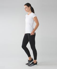 When we're chasing a runner's high, we need tights that can  go the distance. With a comfortable high rise and Mesh fabric panels for ventilation, these ones  take us all the way from beginning to endorphins.
