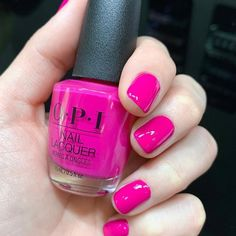 Hot pink nails are the perfect shade to show everyone that you're ready for summer! We're with your mani… Opi Gel Nail Colors, Opi Pink Nail Polish, Neon Pink Nails, Opi Gel Nails, Pink Nail Colors, Rose Gold Nails, Manicure Y Pedicure, Hot Nails, Green Nails