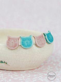 Kitty cat earrings:) Tiny ceramic stud earrings