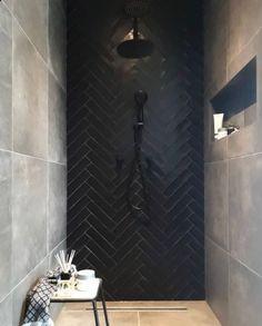 Bathroom interior 245024035964540489 - Bathroom mirror black tile 24 best ideas Source by lkimminn Black Tile Bathrooms, Bathroom Mirrors Diy, Modern Bathroom, Small Bathroom, Black Bathroom Floor, Shower Bathroom, Downstairs Bathroom, Dream Bathrooms, Bathroom Cabinets