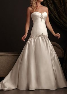 ELEGANT SATIN A-LINE SWEETHEART NECKLINE WEDDING DRESS WITH APPLIQUES BEADINGS RHINESTONES LACE BRIDESMAID GOWN