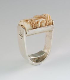 Joseph Gatto Sterling & Carved Chinese Bead Ring