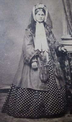 CDV Photo Victorian Lady Civil War Era Woman Bonnet Coat Fur Dotted Dress | eBay