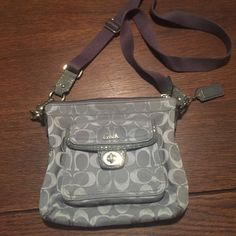 Coach cross body Better pricing on Ⓜ️ercari. Beautiful EUC coach bag. Signature coach print in gray with snakeskin detailing- goes with everything, perfect for any season. The cross body is adjustable and is so trendy right now. I do bundles :) happy shopping Coach Bags Crossbody Bags