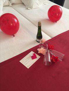 ¡¡Todos los días no se cumplen 30 años de amor!! Un placer ser vuestros anfitriones.