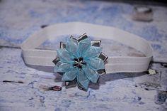 čelenka - stříbrná, květ ledově šedý