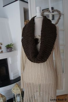 Free pattern (only in norwegian): Chunky Cowl Free Knitting, Cowl, Free Pattern, Knit Crochet, Crochet Patterns, How To Make, Handmade, Fashion, Moda
