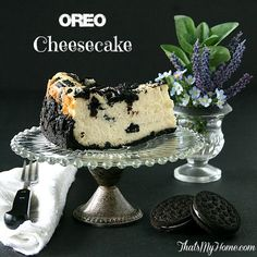 Oreo Cheesecake Recipe - creamy, smooth and so rich with a Oreo crust and topping. Such a gorgeous recipe pin!