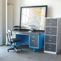 Vintage Tanker Desk V vintage, stainless steel, turquoise