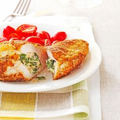 With their creamy filling and delightful crispy crust, these elegant entrees are easy enough for weeknights, yet special enough for company, too. —Taste of Home Test Kitchen Bread Crumb Chicken, Baked Chicken, Chicken Recipes, Spinach Bread, Sauteed Spinach, Chicken Pockets, Stuffing Ingredients, Barbecue Chicken, Spinach Stuffed Chicken
