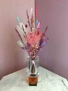 Disse planter bør du have i dit soveværelse Dried Flower Bouquet, Dried Flowers, Flower Bouquets, Room Inspiration, Interior Inspiration, Cabin Design, Dream Decor, Flower Designs, Flower Ideas