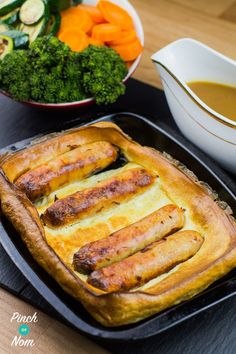 Low Syn Toad In The Hole Slimming World via Slimming World Dinners, Slimming World Recipes Syn Free, Slimming World Syns, Slimming Eats, Slimming World Sausages, Slimming World Lunch Ideas, Toad In The Hole, Mini Yorkshire Puddings, Slimmimg World
