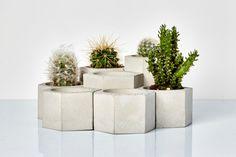Tier hexagonal planters: Geometric Concrete by IndustrialRepublic