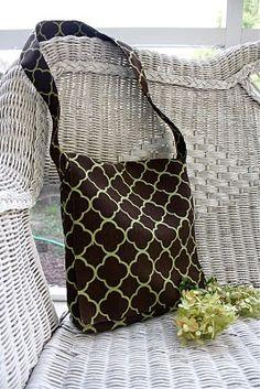 Messenger bag TUTORIAL! | Alida Makes | this has a cool inner pocket idea