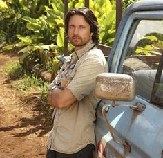 "Martin Henderson ""Dr. Ben Keeton"" on Off the Map -- sorta looks like Colin, dontyathink?"