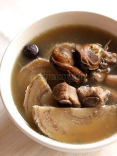 Chinese Arrowroot Soup (粉葛湯)   Lama Kitchen - Drive Your Passion for Food   A Food & Cooking Blog