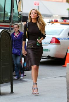 Blake Lively - chic in black