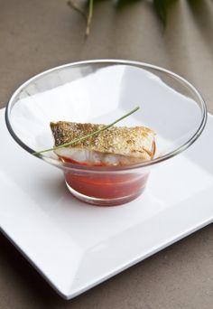 #tapa de Bacalao a la plancha con tomate confitado Tapas, Cod, Planks, Restaurants