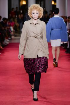 Lutz Huelle Spring 2020 Ready-to-Wear Fashion Show - Vogue Fashion Week 2016, Models, Fashion Show Collection, Skirt Pants, Lace Skirt, Ready To Wear, Calvin Klein, Stylists, Winter Jackets
