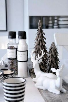 Reindeers from house doctor and products from Nicolas Vahé - lovely black and white combination Christmas Mood, Noel Christmas, Scandinavian Christmas, Modern Christmas, Christmas Fashion, Beautiful Christmas, Christmas Crafts, Xmas, Black Christmas
