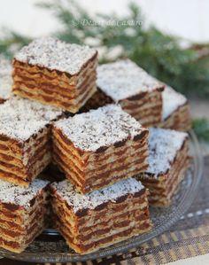 Napolitane de casa cu ciocolata , un desert delicios , aromat si usor de preparat. Reteta este explicata pas cu pas , in imagini. Romanian Food, Romanian Recipes, Cream Cheese Flan, Delicious Desserts, Dessert Recipes, Nutella, Deserts, Sweets, Cake