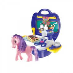This Pretty Pony Salon Suitcase allows kids to work on their grooming skills. With this complete grooming kit, you & your kids will be in for hours of fun! Suitcase Set, Princess Toys, Baby Shop Online, Making Life Easier, Pregnant Mom, Child Safety, Educational Toys, Cool Kids, Salons