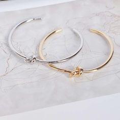 Majolie - Bracelet Jonc Laurier Or Rose - Création originale de la marque Majolie, ce bijou vous donnera un look éclatant et unique !