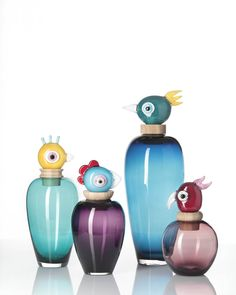 Add intrigue to your interior with this Carlotta bird vase from Leonardo. Beautifully detailed and crafted by hand, it features a rounded body with an eccentric removable bird's head in red. Lets Celebrate, Weird And Wonderful, Design Awards, Glass Ornaments, Luigi, Luxury Homes, Home Accessories, Art Nouveau, Glass Art