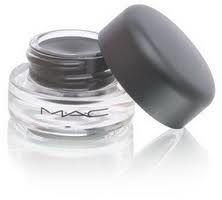 MAC liquid liner !