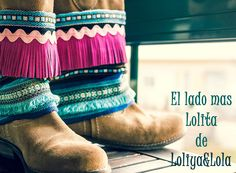 cubrebotas boho chic complementos moda Boot cuffs fashion accessories alaolita&Lola: Cubrebotas diseñados para las niñas con mas estilo... Bohemian Shoes, Boho Boots, Bohemian Look, Bohemian Gypsy, Gypsy Style, Boho Chic, Boho Style, Boho Fashion, Womens Fashion