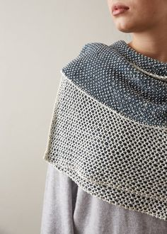 Wonder how to make cotton look trés soigné? With its intriguing texture and depth, our Latticework Wrap in our Cotton Pure has it figured out!